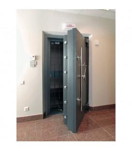 Двері для сховищ 12 класу